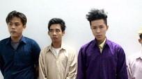 Nam thanh niên bị đánh đến chết vì chiếu đèn xe vào mặt người khác