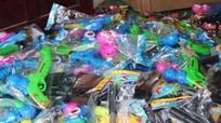 Nghệ An: 1 tháng xử lý 55 vụ đồ chơi trẻ em bạo lực, hàng lậu