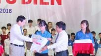116 tân sinh viên vượt khó học giỏi được nhận học bổng 'Tiếp sức đến trường'