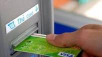Mất ví chứa 13 thẻ ngân hàng, tìm được bằng cách vô cùng ngoạn mục