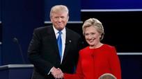 Trực tiếp màn đối đầu nảy lửa Trump và Clinton