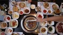 Vì sao không nên nhờ người Hàn Quốc lấy hộ giấy ăn?