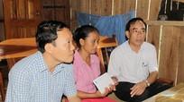 Hội Nông dân tỉnh Nghệ An thăm hỏi nông dân bị thiệt hại trong lũ lụt