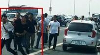 Bộ Công an sẽ thanh tra vụ 'gạt tay trúng má phóng viên'