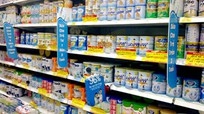 Hai Bộ 'đùn đẩy' quản lý giá sữa?
