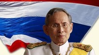 Cuộc đời Nhà vua Thái Lan: Tình yêu và thành tựu