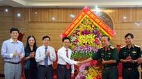 Lãnh đạo tỉnh chúc mừng Quân khu 4 nhân ngày truyền thống