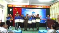 Quỳ Châu: Khen thưởng 13 thanh niên tiêu biểu