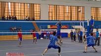 Sôi nổi giải bóng chuyền kỷ niệm 60 năm ngày truyền thống LHTN Việt Nam