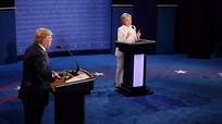 Đấu khẩu quyết liệt, Trump - Clinton không bắt tay khi kết thúc tranh luận