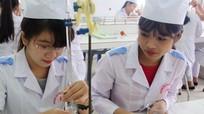 Gần 1.500 tân sinh viên Đại học Y khoa Vinh đón chào năm học mới