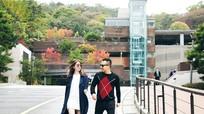 Ngọc Trinh nhắng nhít bên 'ông bầu' Khắc Tiệp tại Hàn Quốc