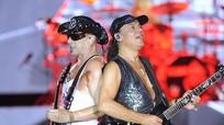 Scorpions 'đốt cháy' hơn vạn khán giả tại Hoàng Thành Thăng Long