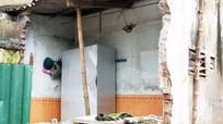 Ai chịu trách nhiệm sự cố sụt lún nhà 12 hộ dân ở Cửa Nam?