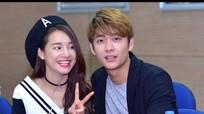 Nhã Phương và Kang Tae Oh thân mật trong buổi giao lưu với sinh viên