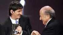 FIFA cho ra mắt danh hiệu cạnh tranh với Quả bóng vàng