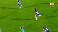Pha solo khó tin của nữ cầu thủ Barca