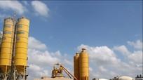 Công ty TNHH Trường An - Bắc Vinh: Chuyên sản xuất bê tông tươi, cán tôn thép định hình các loại, uy tín, chất lượng