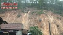Sạt lở núi ở Hưng Yên Nam, khẩn cấp sơ tán người và tài sản