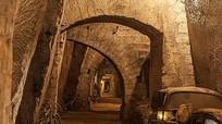 Có gì bên trong đường hầm bí mật cổ xưa?