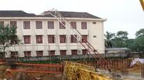 Vụ sập cần cẩu làm học sinh tử vong: Công trình chưa có giấy phép xây dựng