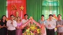Chủ tịch Ủy ban MTTQ tỉnh chúc mừng các trường nhân ngày Nhà giáo Việt Nam