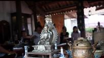 Phiên chợ đấu giá đồ cổ gây quỹ từ thiện ở Nghệ An