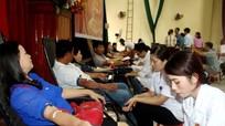 Quỳnh Lưu: Hơn 1.000 tình nguyện viên tham gia hiến máu