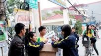 Sinh viên Nông nghiệp bán bánh, nhặt ve chai vì người nghèo vùng cao