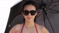 Angela Phương Trinh nóng bỏng với bikini ở Tuần Châu