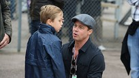 Brad Pitt chỉ được gặp con khi bác sĩ tâm lý cho phép