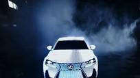Lexus ra LIT IS với 42.000 đèn LED phủ trên thân xe