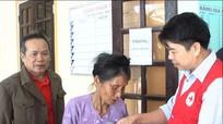 220 người nghèo được khám bệnh và phát thuốc miễn phí