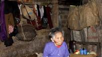 Xót xa gia cảnh cụ bà 82 tuổi neo đơn, nghèo khó