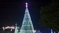 Rộn ràng đón Giáng Sinh ở các miền quê