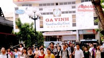 Giá vé tàu dịp Tết Đinh Dậu tăng 5%-10% so với Tết Bính Thân