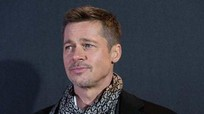 Brad Pitt đón năm mới trong cô đơn và nước mắt