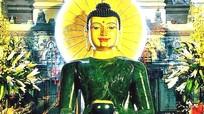 Tượng Phật ngọc hòa bình thế giới được triển lãm tại Nghệ An