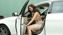 Những lưu ý khi mở cửa xe ô tô