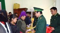 Ủng hộ 260 triệu đồng cho đồng bào nghèo Tết Đinh Dậu
