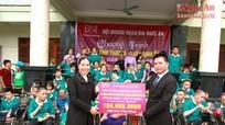Hội doanh nhân BNI Nghệ An trao quà trị giá 100 triệu đồng tại Yên Thành