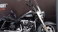 Harley-Davidson Road King 2017 với động cơ thế hệ mới