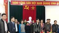 Đảng ủy Khối doanh nghiệp tặng quà 'Tết vì người nghèo - Đinh Dậu 2017'