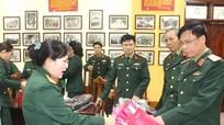 Cục Chính trị Quân khu 4 quyên góp 500 áo ấm mới tặng đồng bào nghèo