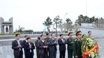 Đoàn đại biểu Nghệ An tri ân các anh hùng liệt sĩ tại nghĩa trang Trường Sơn và Đường 9