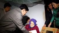 Ban Tuyên giáo Tỉnh ủy tặng quà, chúc Tết tại huyện Nghi Lộc