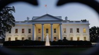 Trump trục xuất các nhà báo ra khỏi Nhà Trắng