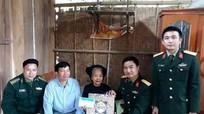 Các tổ chức, địa phương tặng quà cho người nghèo dịp Tết Đinh Dậu 2017
