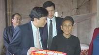 Chủ nhiệm Ủy ban Kiểm tra Tỉnh ủy chúc Tết tại Con Cuông và Anh Sơn