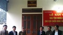 Hội Cựu chiến binh tỉnh Nghệ An bàn giao nhà nghĩa tình đồng đội